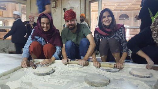 Dia de voluntariar na cozinha da Gurudwara