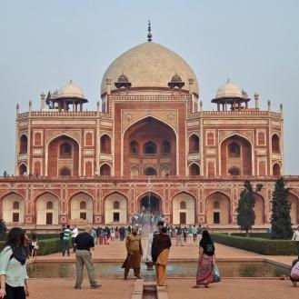 A tumba de Humayun, o melhor exemplo da arquitetura Mugal em Delhi