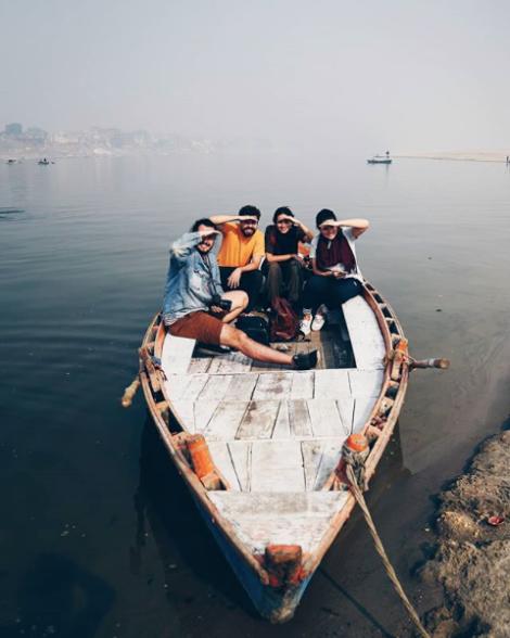 Equipe TastemadeBR sem rumo no Ganges