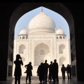Pórtico do Taj Mahal, lugar para segurar o queixo